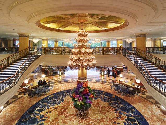 Luxury In The City Shangri La Hotel Makati