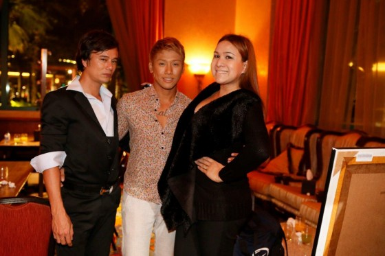 Designers Alberr Fontanilla (L) and Carla Fuentes (R) with friend