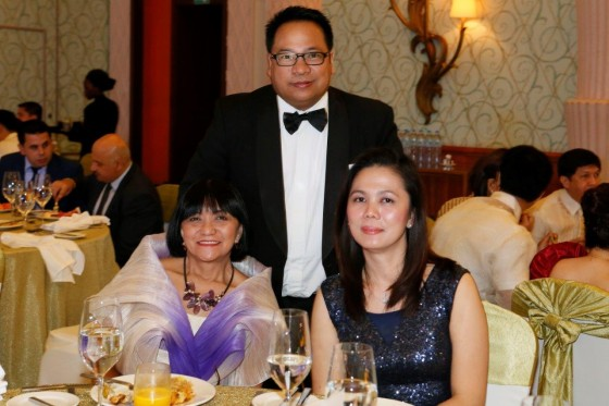 Dubai Duty Free's Lilian Vargas with Sanrtiago Gagaza Fronda of Petrixo oil and his wife