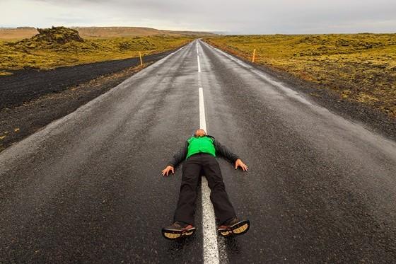 Jes Reyes Epic Selfie in Iceland