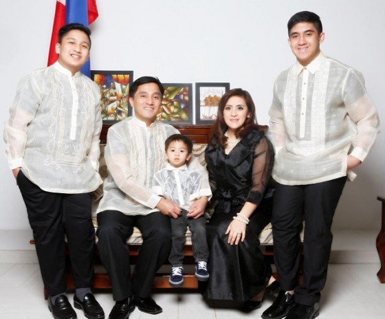 Hon. Con. Gen. Paul Raymond and Yasmin Cortez with family - Photo by Eros Goze