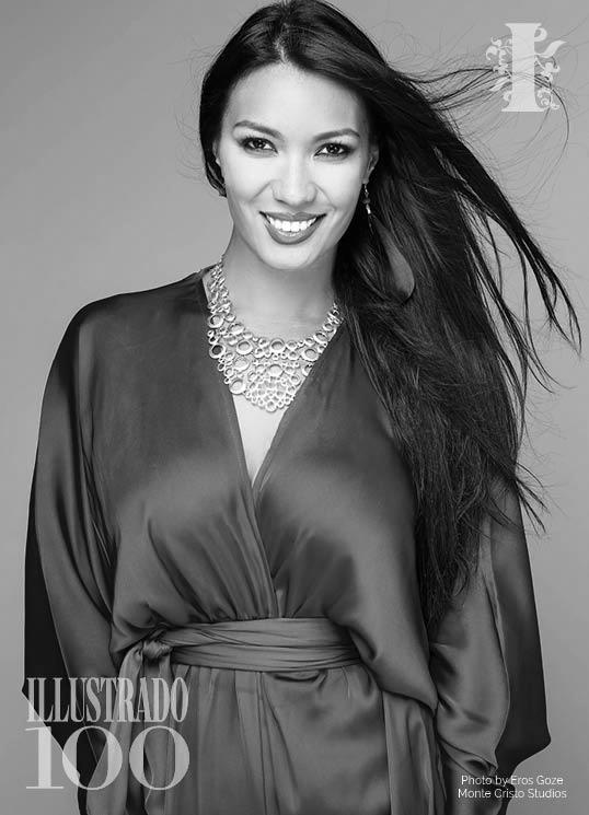 Filipino Singer CLARITA DE QUIROZ