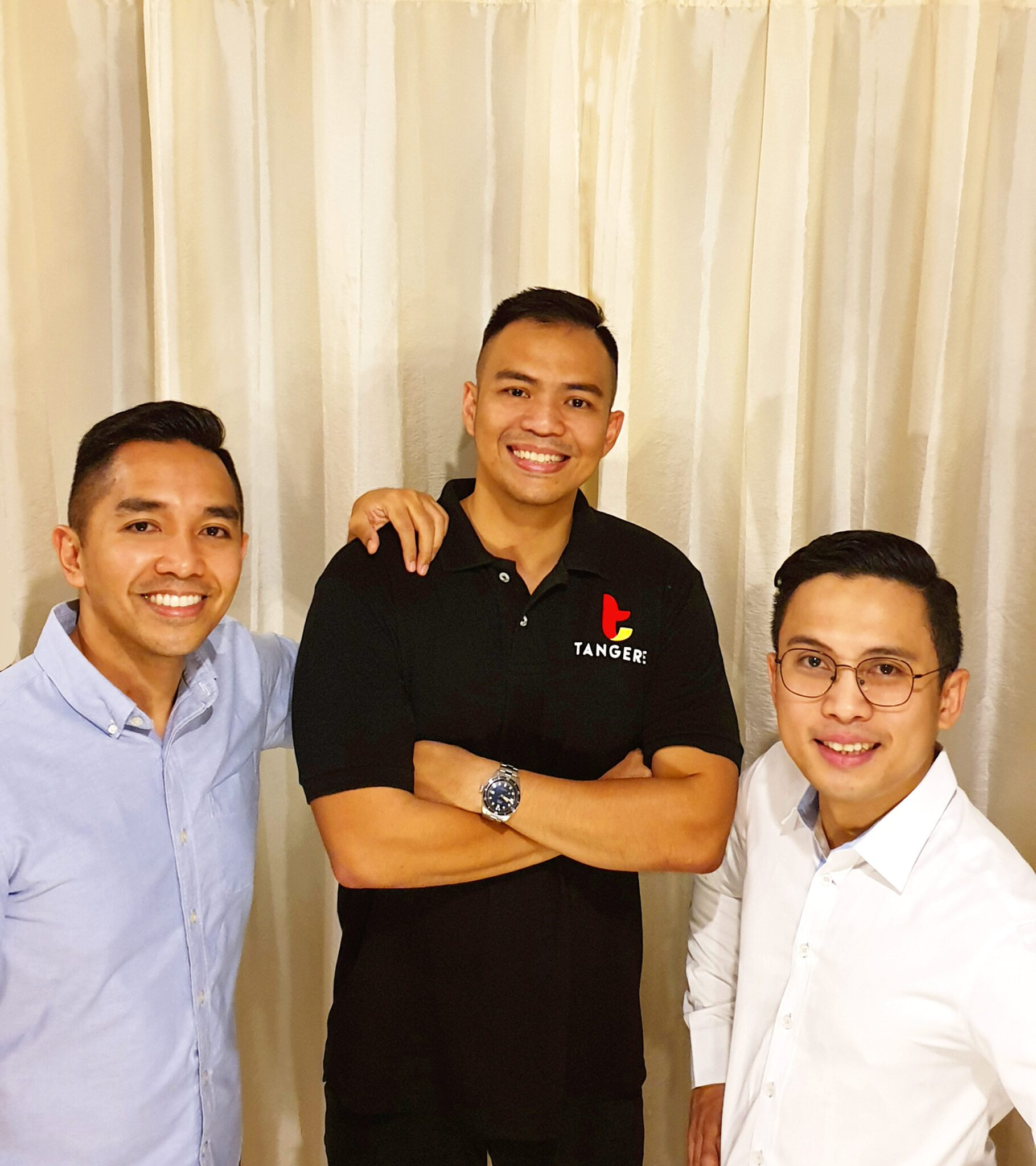 Filipino - Founded Startups: Big Data Analytics & Travel